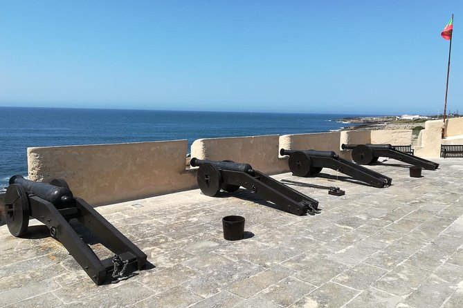 Private tour to Maritime Fortifications in Cascais
