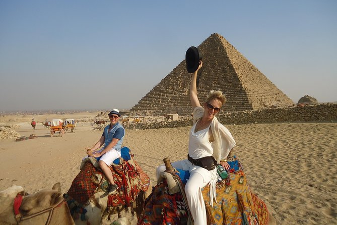Pyramids, Sphinx & Tourist Bazaar Tour from Cairo Airport