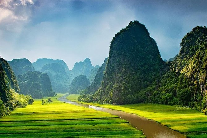 1-day Tam Coc-Hoa Lu, sailing, biking high quality tour
