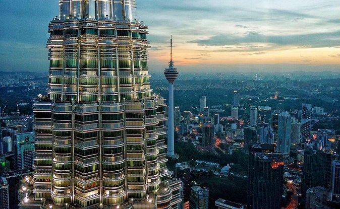 3 Nights 4 Days Honeymoon in Malaysia