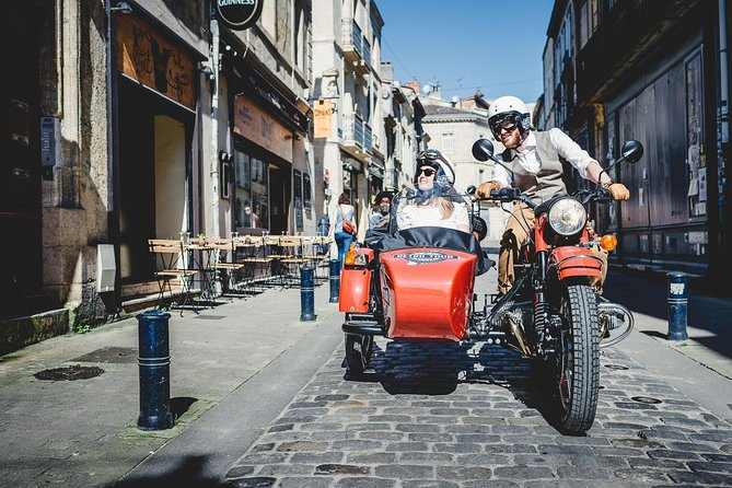 Private Tour of Bordeaux in a Sidecar