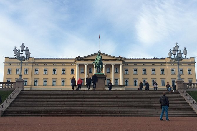 Oslo Discovery Tour: Holmenkollen, Vigeland Park, Fram and Viking Ship Museum