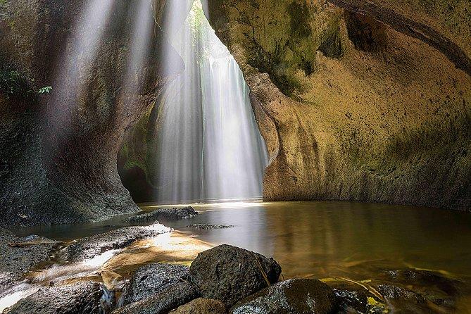Bali Triple Waterfall Trip of Tibumana, Tukad Cepung and Tegenungan
