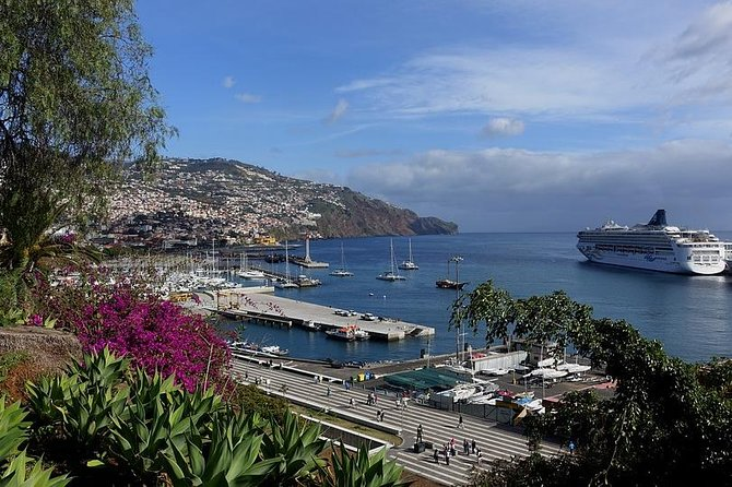 Funchal Like a Local: Customized Private Tour