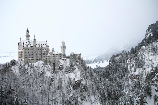 Private Castle Tour from Munich: Neuschwanstein, Hohenschwangau, and Linderhof