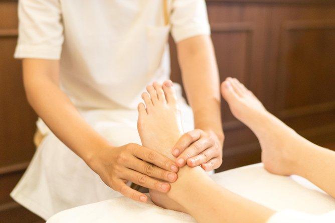1 Hr Foot Massage Makkha Health & Spa