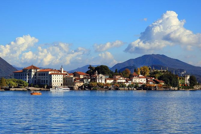 A special guided tour of isola Bella & Fishermen's island with expert guide