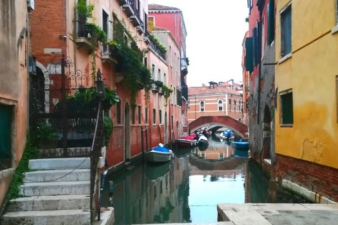 Guided Tour of the Jewish Ghetto in Venice with Cannaregio & Synagogues Visit