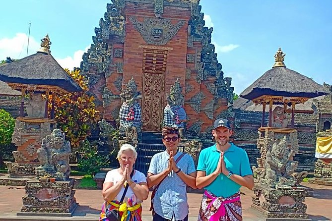 Full-Day : Monkey Forest - Rice Terrace - Waterfall - Temple - FREE Wi-Fi