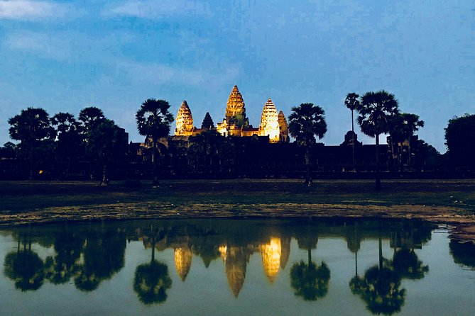 Angkor Wat, Banteay Srei and Rolous Group Tour (2 Days)