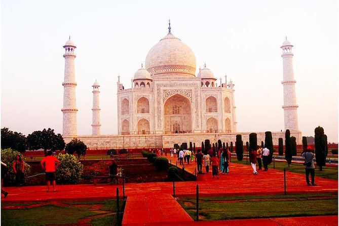 Taj Mahal and Agra Overnight Tour from Goa with Return Flights
