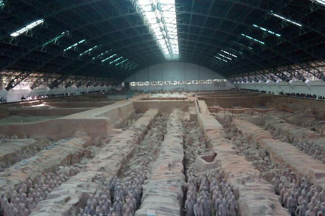 Private Xi'an Day Tour Of Terra-Cotta Warriors, City Wall And Muslim street