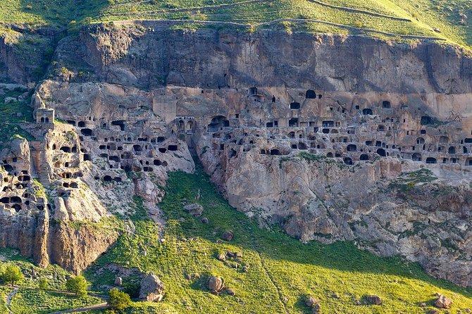 Borjomi, Rabati castle & Cave town Vardzia From Tbilisi