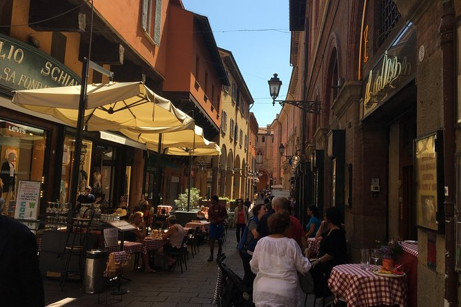BOLOGNA. CHEF'S SALE - Self-guided treasure hunt