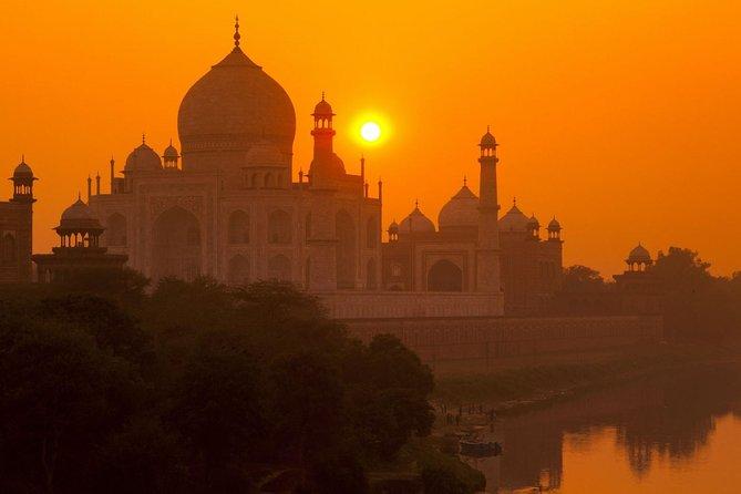 Sunrise Tour Of Taj Mahal From Delhi