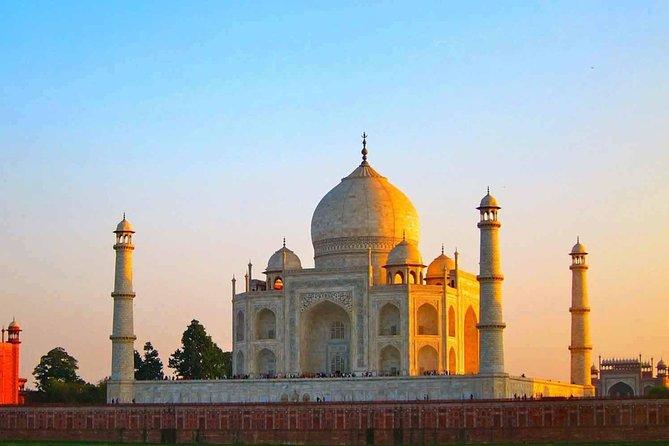 Agra City Tour by Private Car (Taj Mahal & Agra Fort)