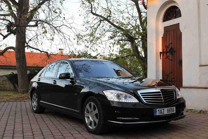 1-way Prague to Vienna - private transfer - Mercedes Benz - up to 8 persons photo 2