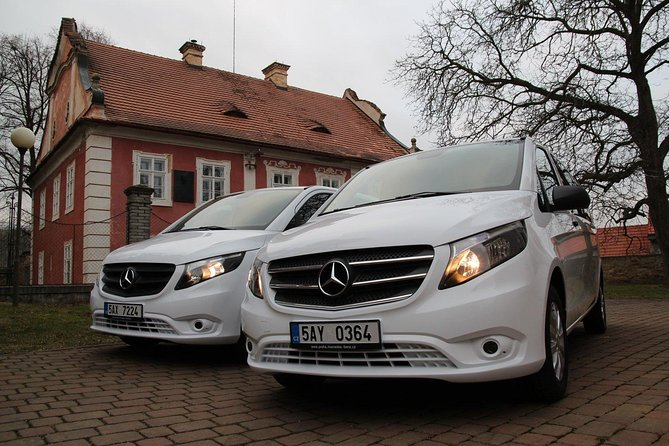1-way Prague to Vienna - private transfer - Mercedes Benz - up to 8 persons photo 4