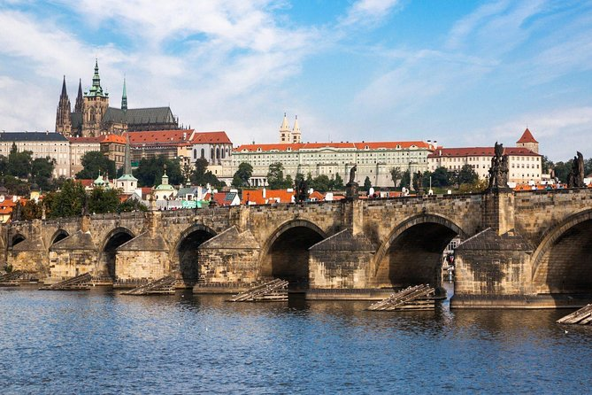 Budapest to Prague private transfer with 4-Hours Sightseeing in Bratislava