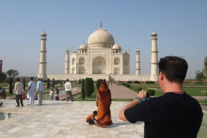 Day Trip To Agra From Bangalore With Air Tickets