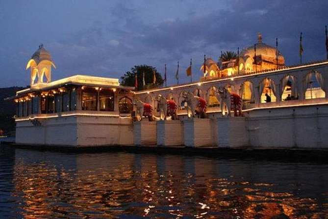 Jagmandir Island And Sunset Boat Ride On Lake Pichola, Udaipur Without Transfers