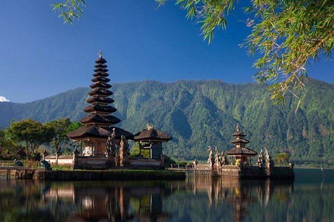 Full-Day Tour : Bedugul Temple, Banyumala Twin Waterfall, Jatiluwih Rice Terrace