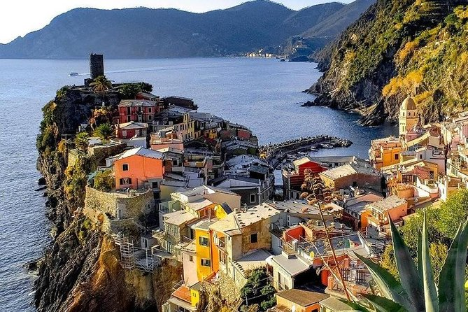 Cinque Terre Experience with Typical Lunch