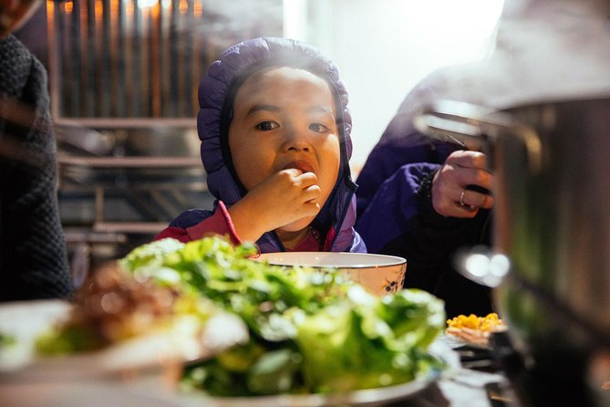 Hanoi Private Kid-friendly Food Tour with a Local