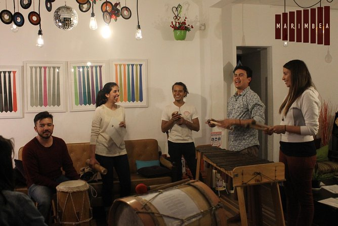 Marimbea Experience - Play traditional Colombian music