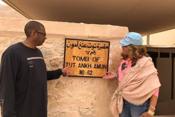 8-hours Private Luxor Day Tour to East and West Banks