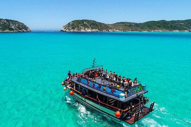 Passeio de Barco em Arraial do Cabo by Arraial Viagens