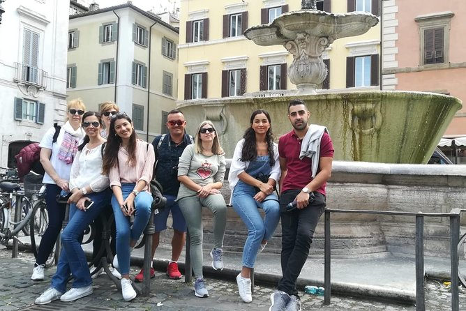 Rome Walking Tour Including the Pantheon and Trevi Fountain