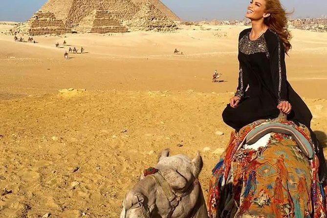 Giza pyramids tour with pick up from cairo / giza hotel or Cairo airport
