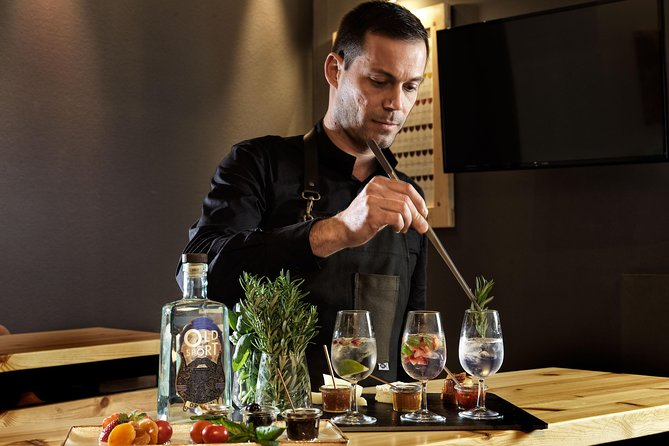 Gin tasting experience in Athens