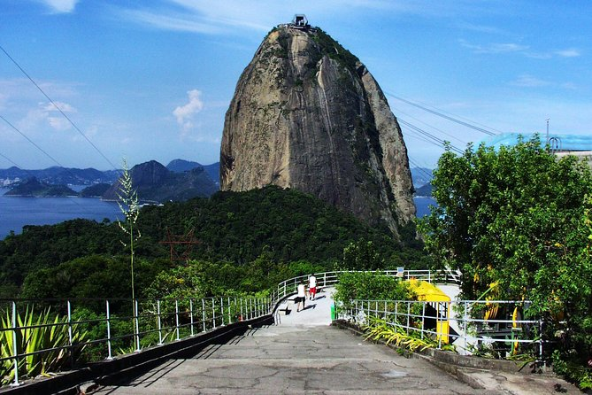 Rio Shore Excursion: Christ Redeemer, Sugarloaf and Selarón Steps 6-Hour Tour