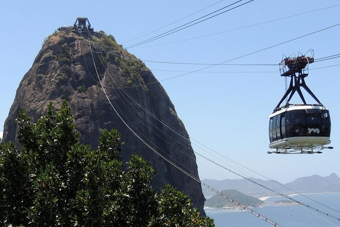 Christ Redeemer, Sugarloaf Mountain and Selarón Steps 6-Hour Tour photo 2