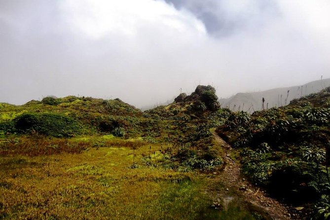 Active Volcano Hike with Lunch photo 8