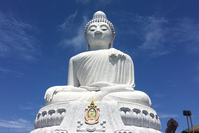 Private Tour: Phuket Mini Bus Rental with Guide/Driver