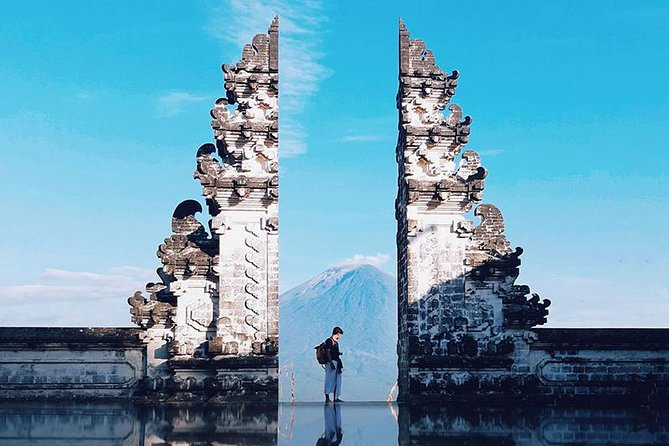 East Bali Tour: Lempuyang Temple - Gate of Heaven, Tirta Gangga, Virgin Beach