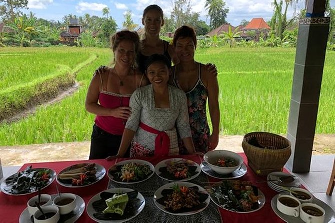 Bali Cooking Class and Ubud Sightseeing Tour