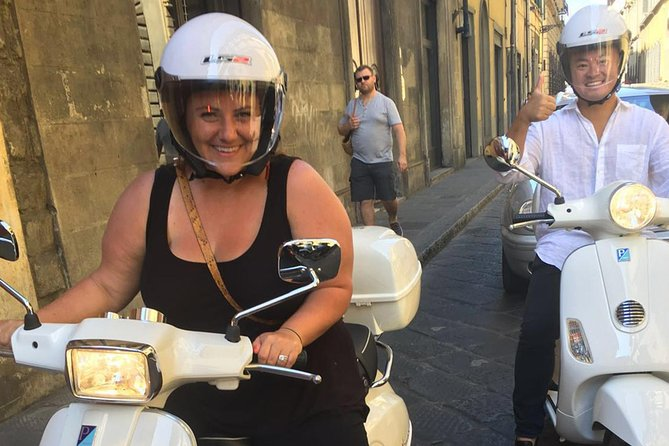 Private VESPA Tour in Tuscany from Florence