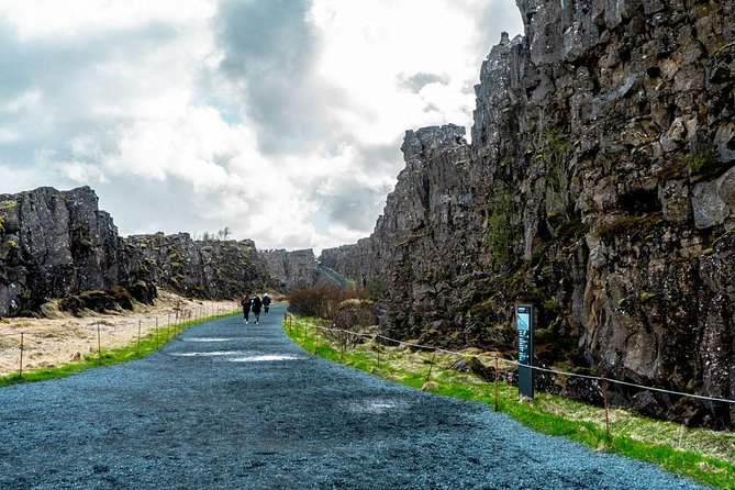 Golden Circle and Snowmobiling Small Group Tour from Reykjavik