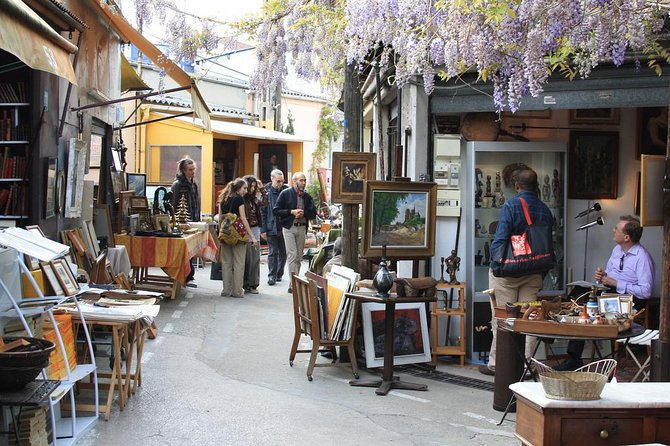 PARIS FLEA MARKET : The Ultimate Experience with a Local guide photo 3