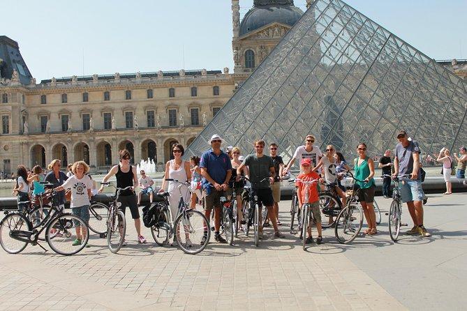 City bike tour on a dutch bike