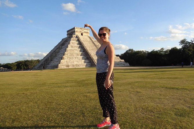 The Mayan Ruins of Chichen Itza Experience with Transportation from Cancun