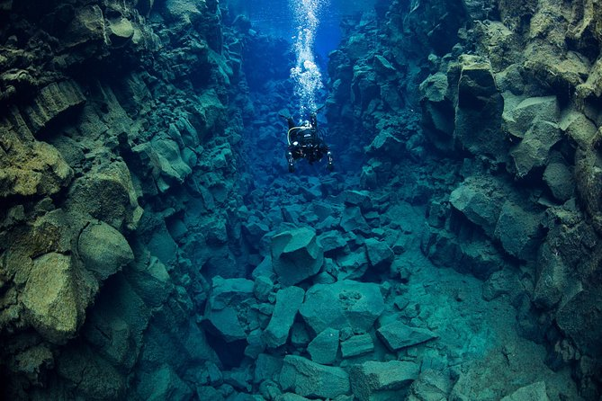 Silfra Diving Between Continents Tour From Thingvellir National Park