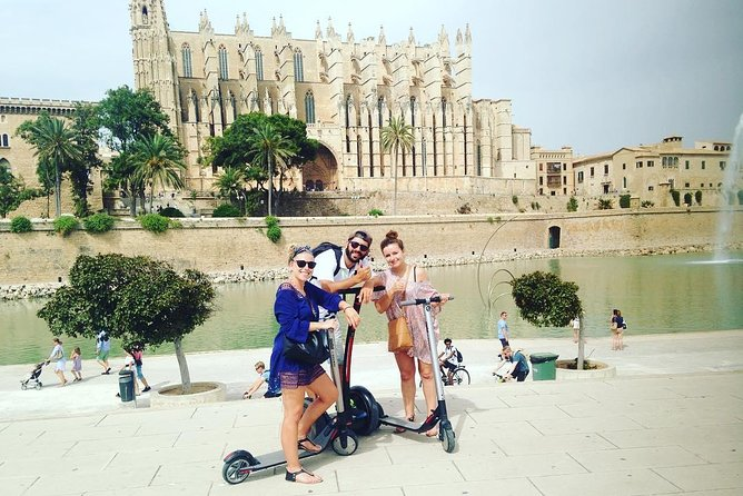 Electric Scooters 1 Hour Tour in Palma de Mallorca