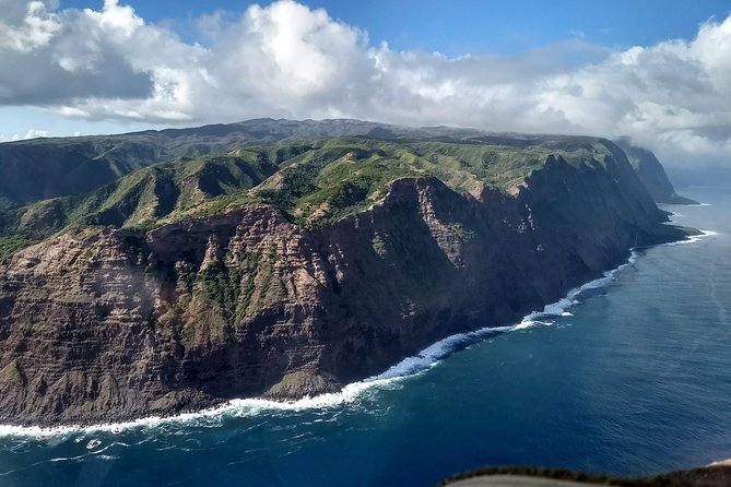 Majestic Molokai Sea Cliffs -Private- Discovery Flight for up to 3 people