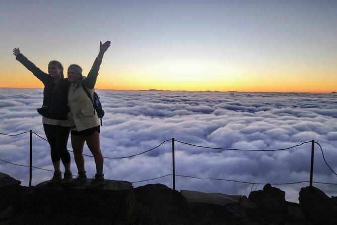 Nascer do sol no Pico do Areeiro - caminhada guiada em grupos pequenos pelo Pico Ruivo