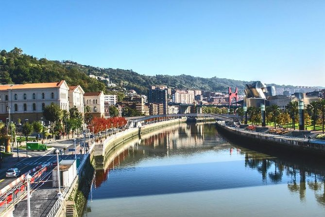 2-day Bilbao River Experience with Kayaking and Paddle Sup